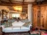 guest-house-livingroom-a