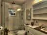 18-bh-bathroom-8